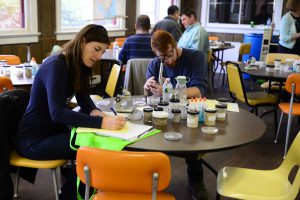 nj-sea-grant-consortium-teacher-looking-through-microscope-copy